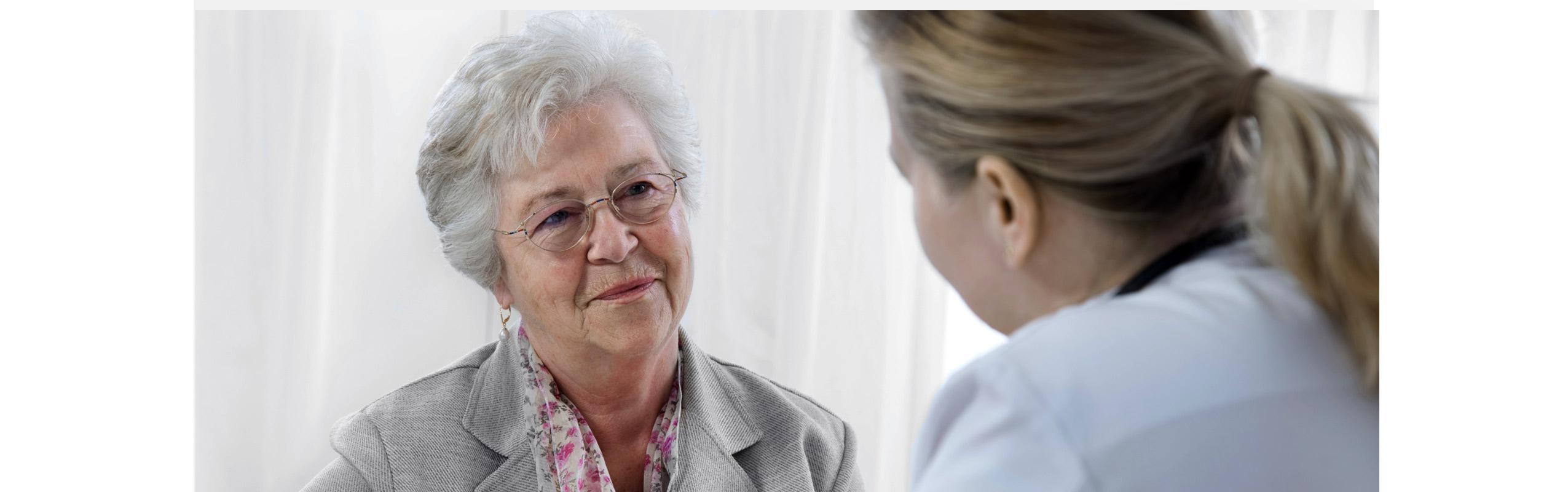 Alzheimer : Comment le dire à votre famille et vos amis?